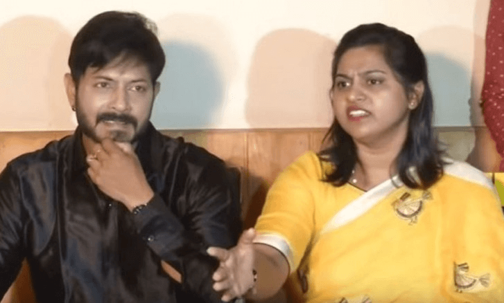 Kaushal-Manda-Informed-His-Fans-About-Wife-Surgery