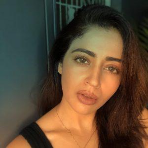 Neha-Pendse-1