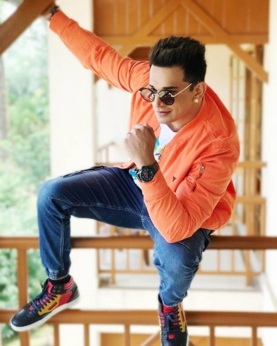 Prince-Narula-Age-Wiki-Wife- Girlfriend-Family-Height-Photos-Biography-4