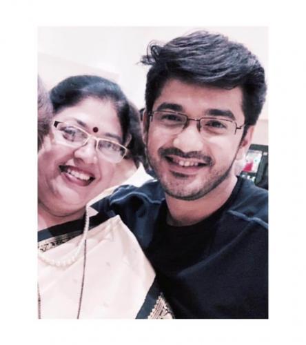 Madhav-Deochake-Mother