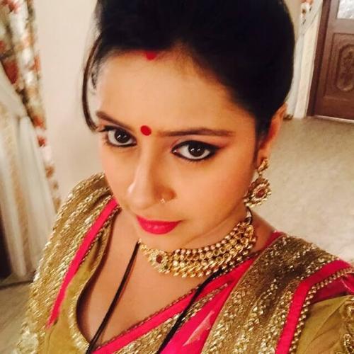 Pratyusha-Banerjee-3