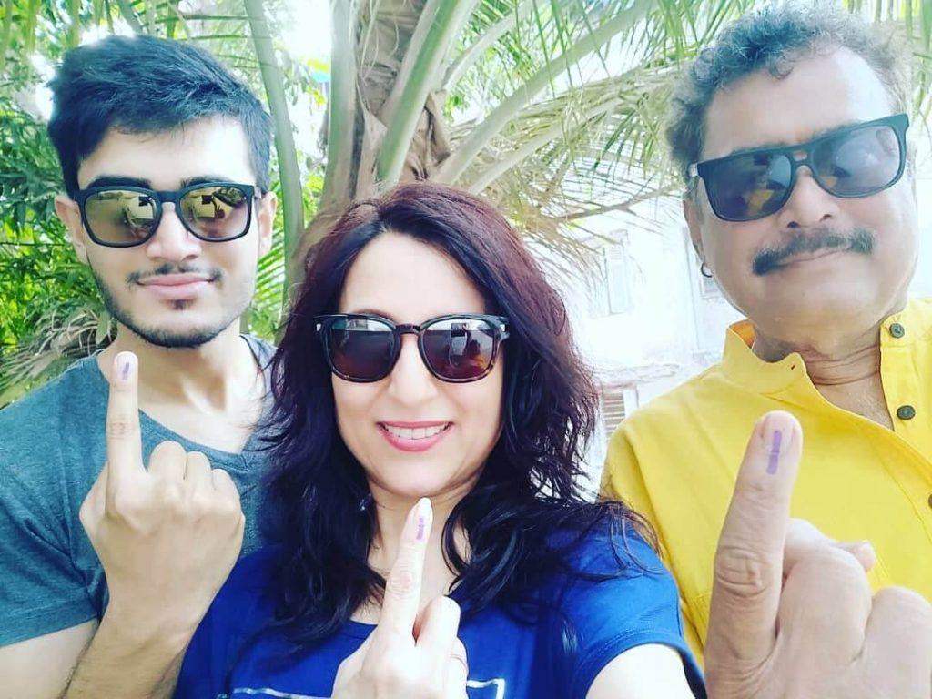 Kishori-Shahane-Family